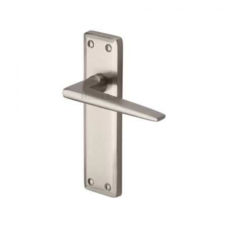 Heritage Brass Kendal Handle on Backplate Satin Nickel