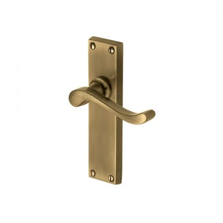 Heritage Brass Bedford Handle on Backplate Antique Brass