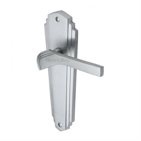 Heritage Brass Waldorf Handle on Backplate Satin Chrome